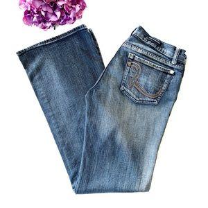 ROCK & REPUBLIC Rainbow Pocket Flare Leg Jeans 29